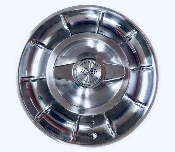 corvette hubcaps